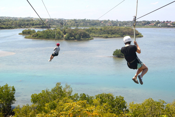 Zipline at Papa Kit's Marina